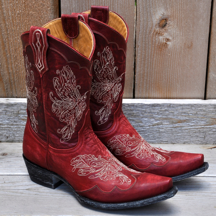 2. Your daily attire consists of varying colors of flannels and cowboy boots.