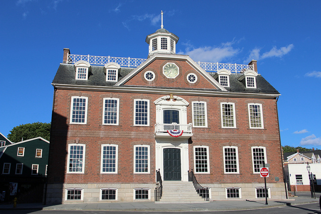 9. The Colony House, Newport: As one of the oldest original state houses in the country, the Colony House was built in the 1730s. The building can be toured through the Newport Historical Society.