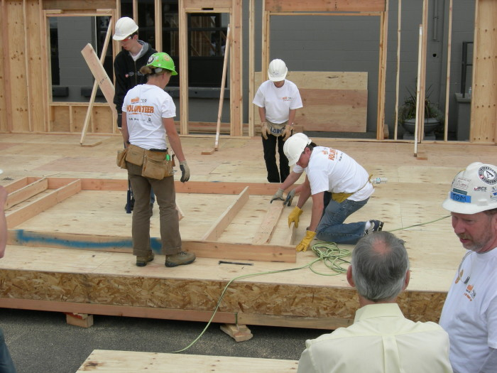 7. Shelby County Habitat for Humanity holds the record for the world's fastest home building. The house is located in Montevallo and only took 3 hours, 26 minutes and 34 seconds to complete from start to finish.