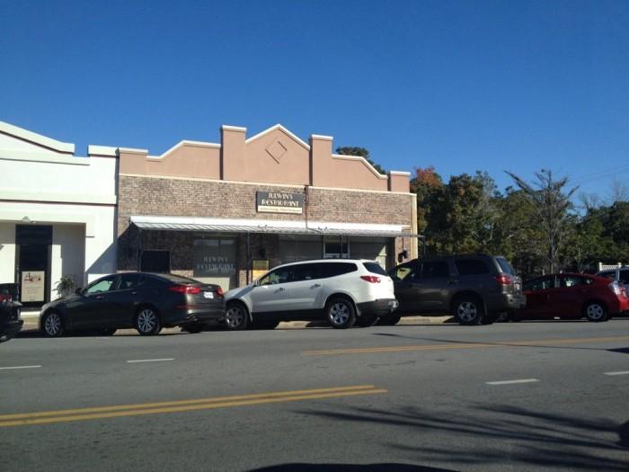 10. Julwin's Restaurant, 411 Fairhope Ave, Fairhope, AL 36532