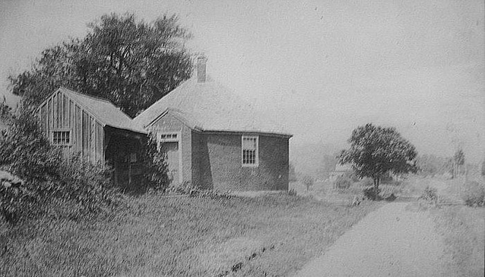 5.  Lookout Schoolhouse