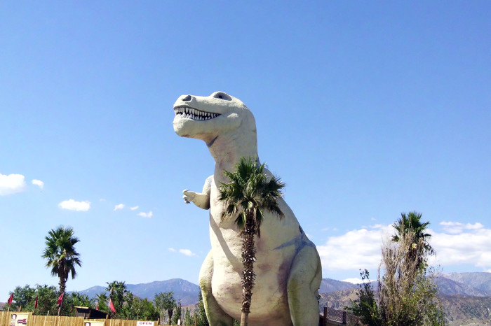 4. The Cabazon Dinosaurs