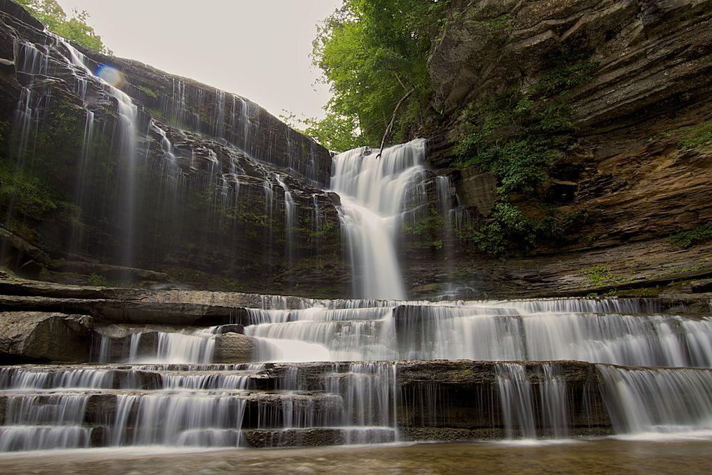 10 Breathtaking Waterfalls Near Nashville
