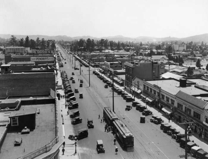 Chevrolet Dealers Az >> 15 Vintage Photos Of Southern California 100 Years Ago