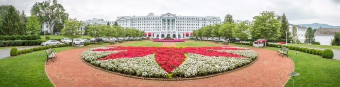 Greenbrier red and white flowers