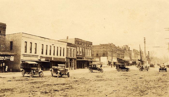 4. Greenville - Main Street, 1910.