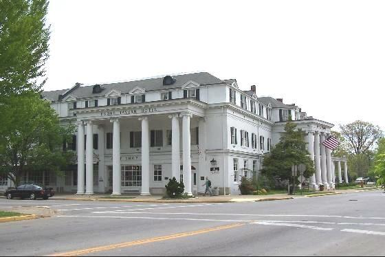 3. Historic Boone Tavern Hotel and Restaurant on 100 Main Street North in Berea