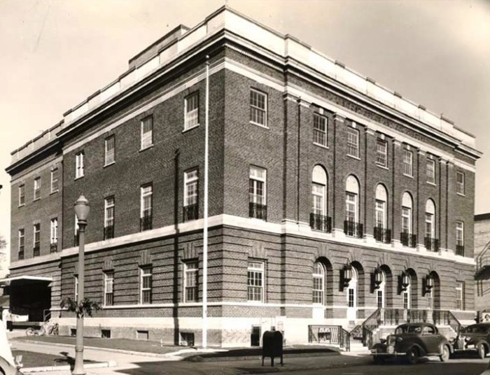 3. The Courthouse in Medford, 1940.