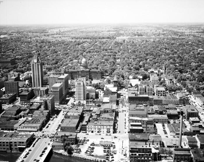 10. Aerial shot of Lansing.