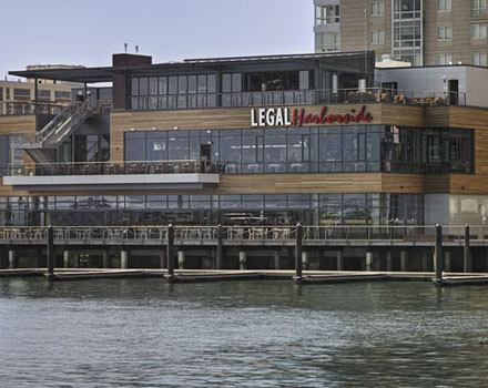 10 Massachusetts Incredible Rooftop Dining Restaurants