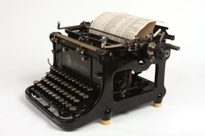 14. Manual Typewriters