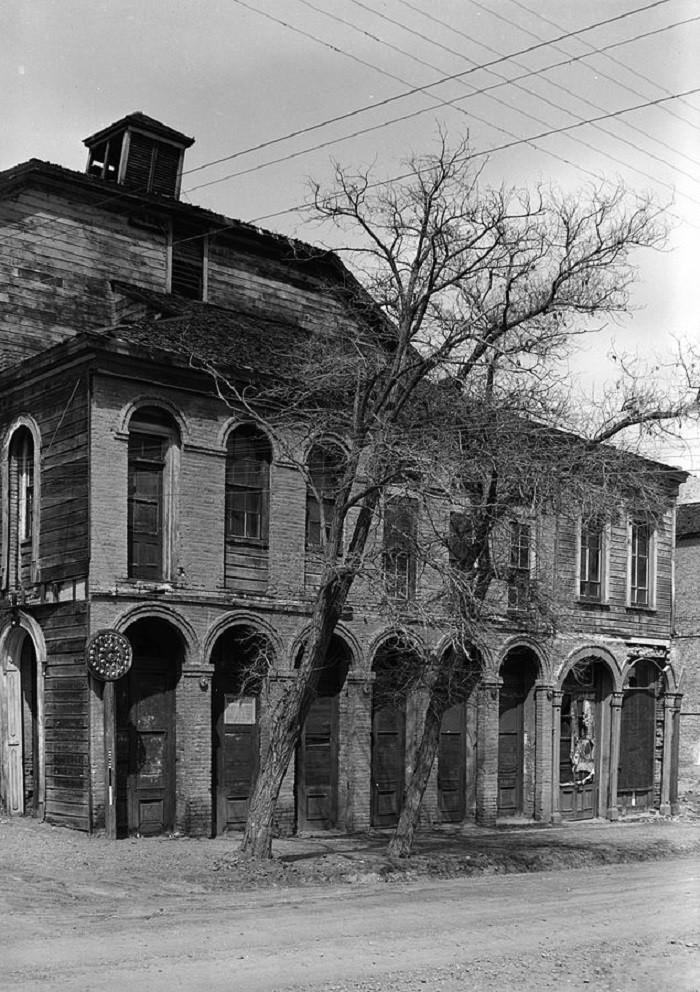 5. Piper's Opera House - 1937