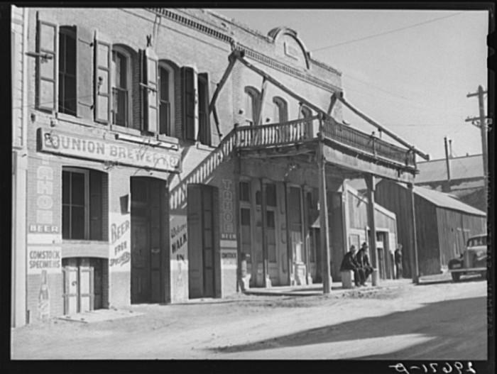 9. Virginia City Main Street - 1940