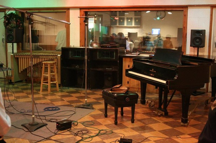 10. Nashville is home to over 100 recording studios.