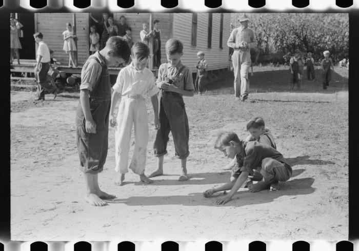 15 Photos Of Rural Kentucky Schools In The 1900s