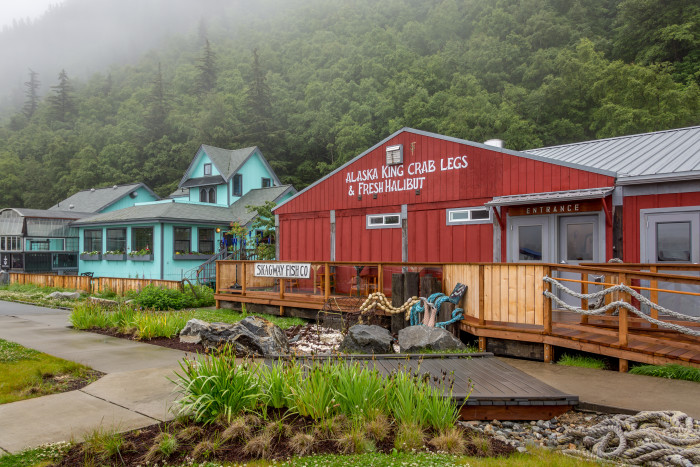 15 restaurants that serve the best halibut tacos in alaska for Fishing company of alaska