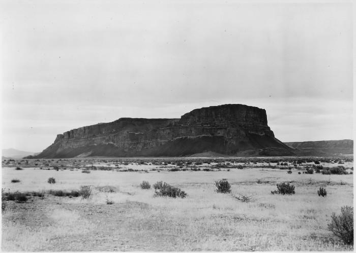 10. Steamboat Rock, a landmark near Grand Coulee, taken in September 1935.