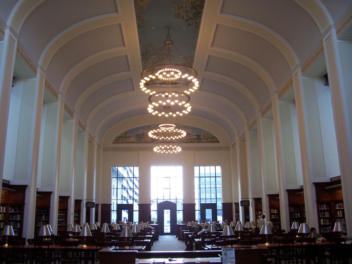 2) The reading room at the Nashville Public Library