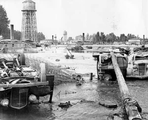 6. The tragic flood that destroyed Vandport, 1947.