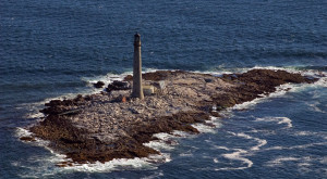 The Deadly History Of This Lighthouse In Maine Is Terrifying But True