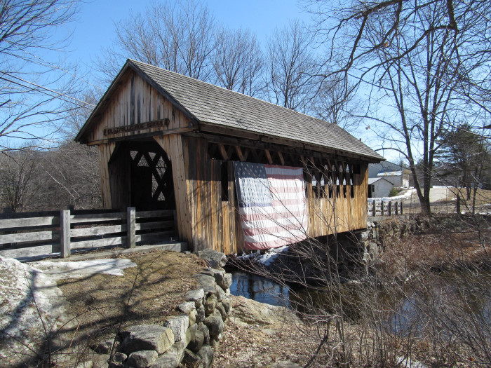 10. This bridge in Cilleyville shows the town's American pride.