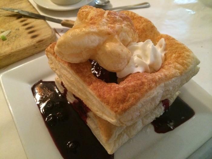 dessert bistro 501