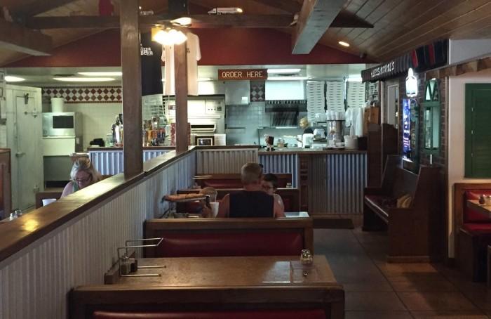 3. The Pizza Barn, Edgewood