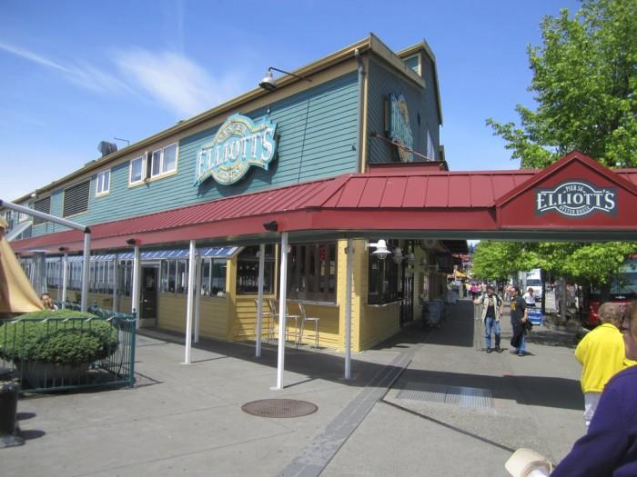 9. Elliott's Oyster House, Seattle, Pier 56