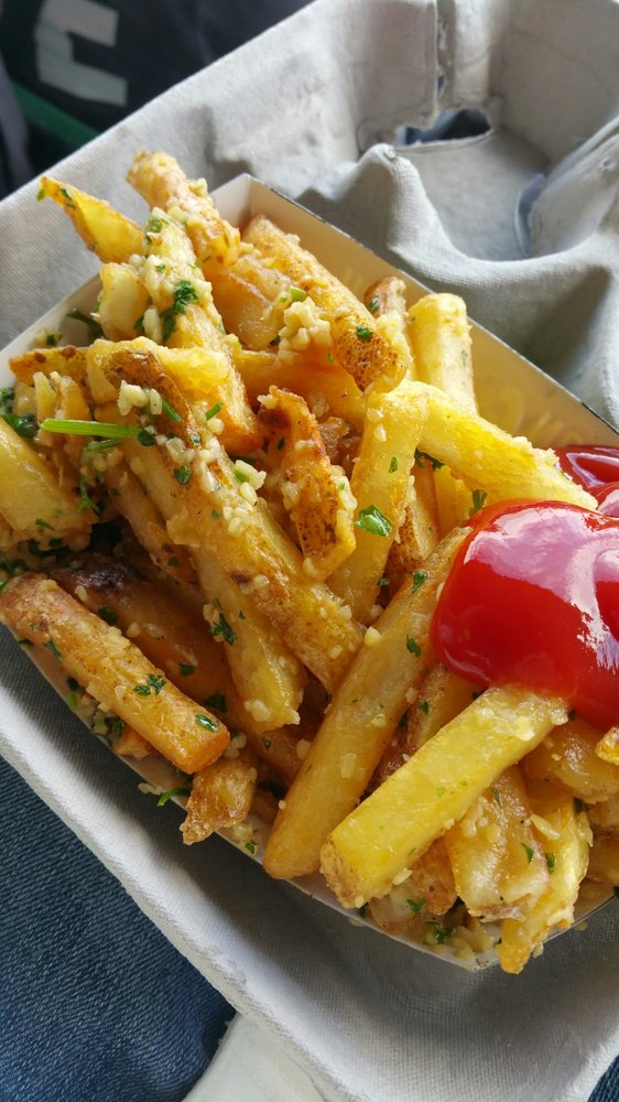 4. Garlic Fries