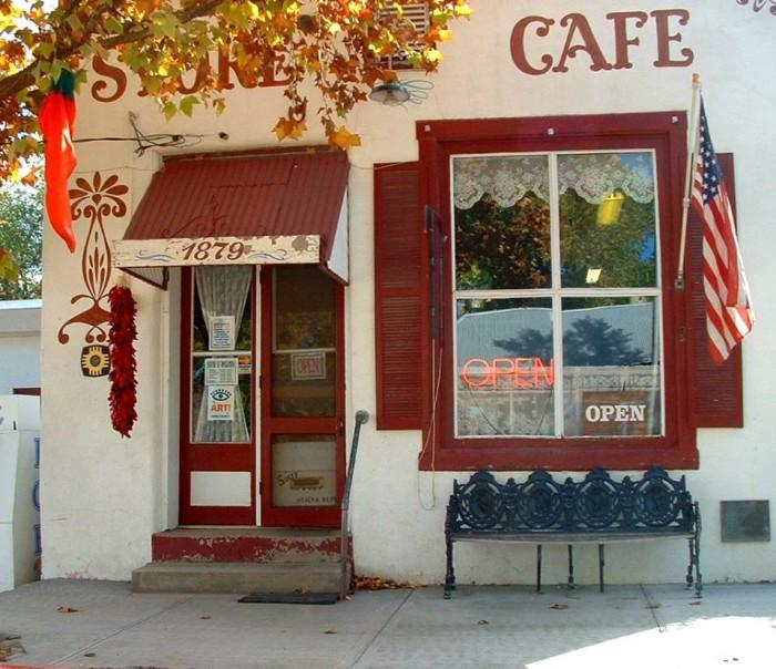 8. Hillsboro General Store Café, 10697 Highway 152, Hillsboro