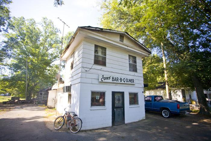 5. Eat at McClard's or Jones Bar-B-Q.
