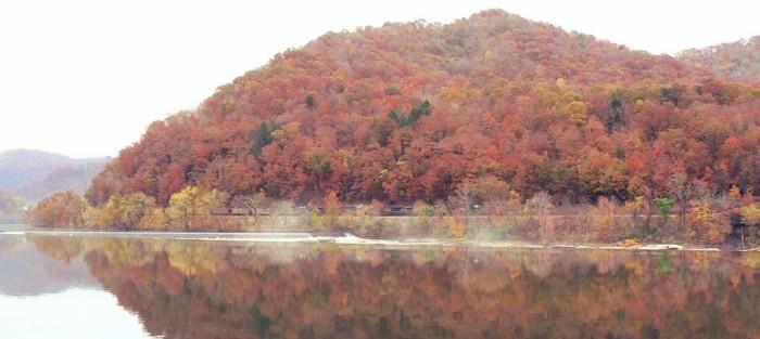 5. Kanawha River at Glen Ferris.