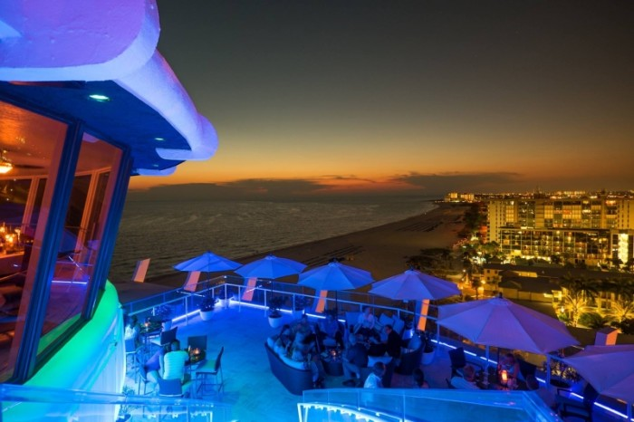9 Restaurants With Incredible Rooftop Dining In Florida