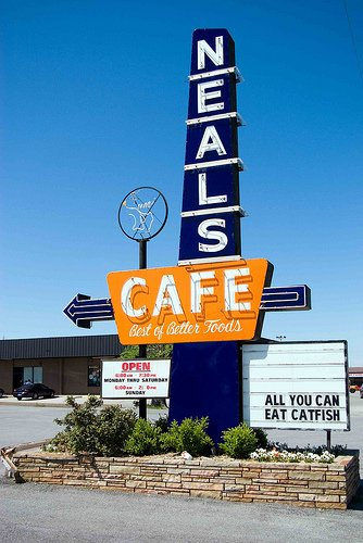 11. Neal's Cafe
