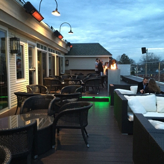 10 Connecticut Restaurants With Rooftop Dining