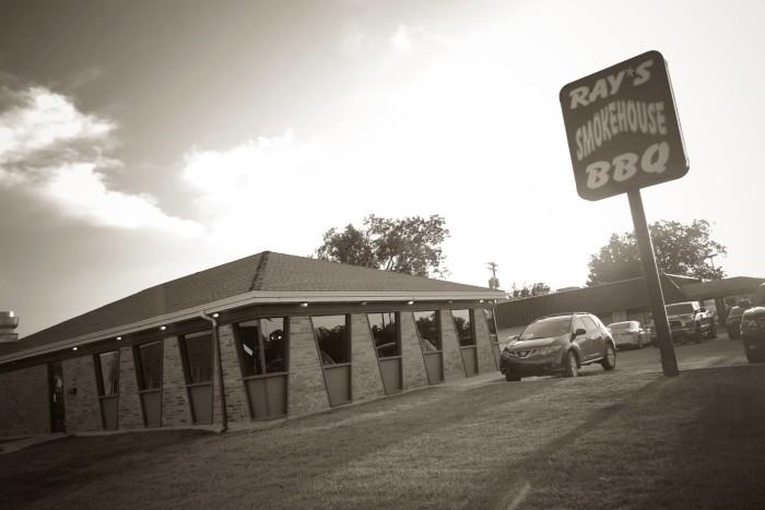 6. Ray's Smokehouse BBQ, Norman