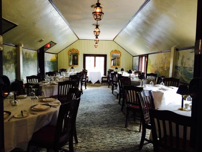 5. Old Angler's Inn, Potomac