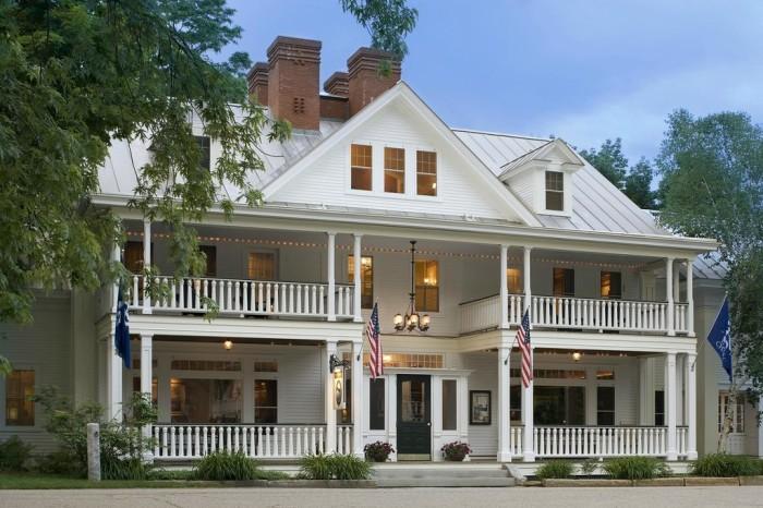 6.  The Pitcher Inn - 275 Main St., Warren