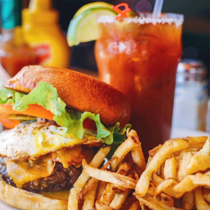 poes-tavern-burger