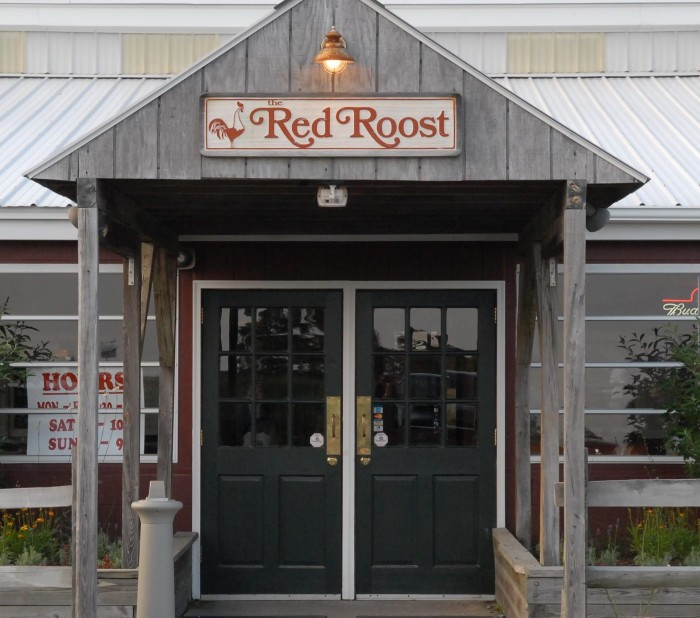 The Red Roost - 68 Photos & 42 Reviews - Seafood - 2670 ...
