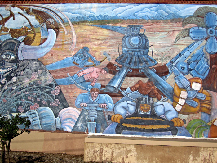12. Located in Santa Fe, this mural captures the life of a railway worker.