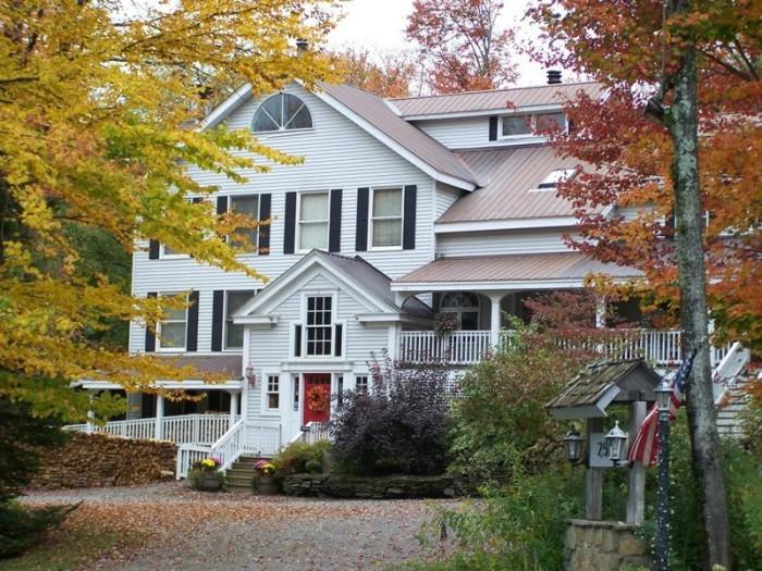 2.  Snow Goose Inn - 259 Vermont 100, West Dover
