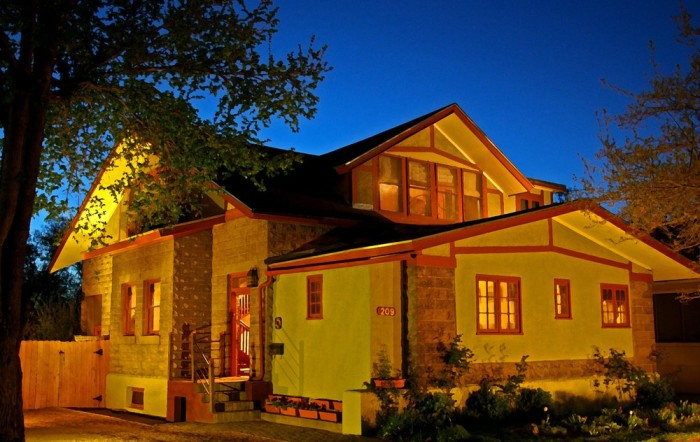 8. Downtown Historic Bed and Breakfast of Albuquerque, 209 High St NE, Albuquerque