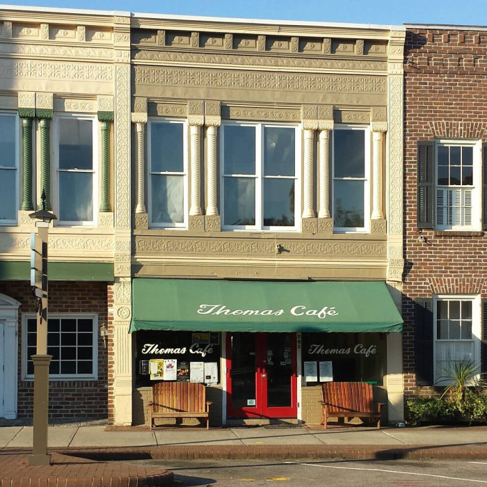 DRIVE INS & CAFES 9. Thomas Cafe - Georgetown