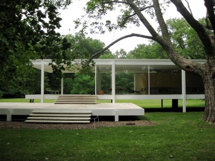 9. Explore Illinois architecture.
