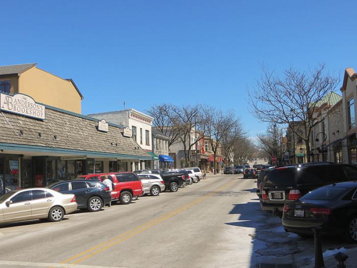 5. Downtown Naperville, with loads of shops, is a huge draw.