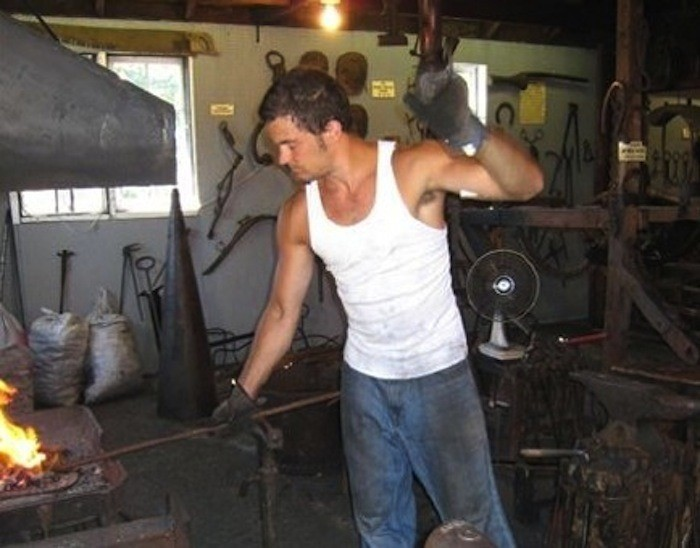 7. You can see how blacksmiths worked, and you can even get your own mini horseshoe as a souvenir!