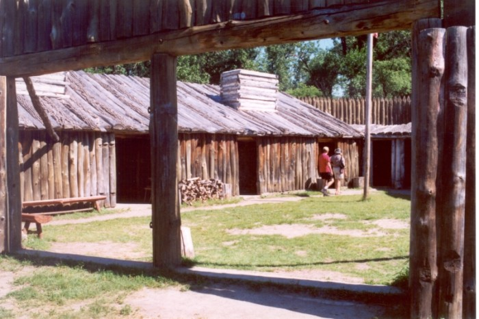 3. Fort Mandan - Washburn