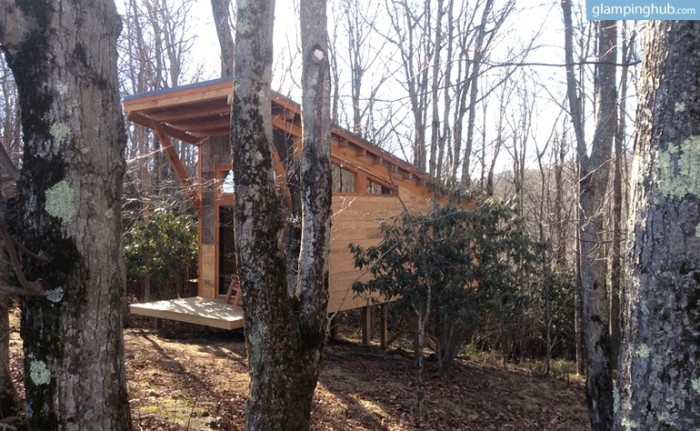 5. Tree House Cabin In The Blue Ridge Mountains