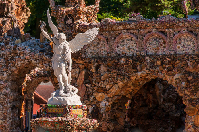 2. Grotto of the Redemption, West Bend